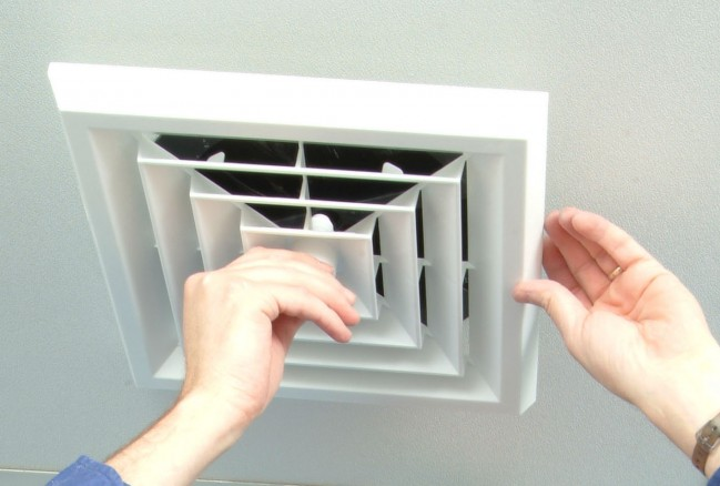 Ceiling Vent With Register Boot Square